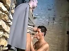 Guardian seduce prisoner in cellar